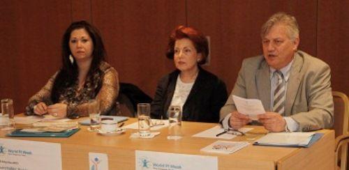 Ο κ Μανωλακάκης  , η κ Κανάριου και η κ Κάσσαρη υπευθυνη προγραμματος καταγραφής
