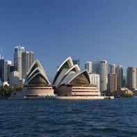 Sydney_opera_house_and_skyline