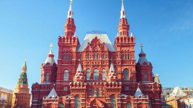 Moscow3_oi-6-omorfoteres-plateies-ths-eurwphs