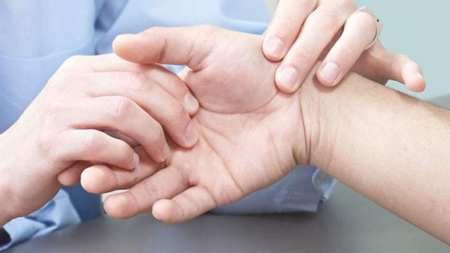 reumateidis-arthritida