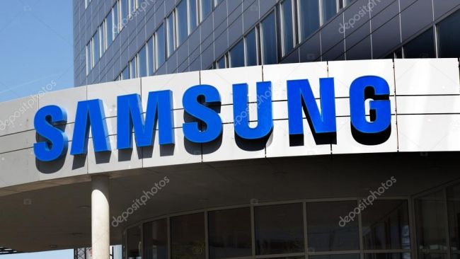 depositphotos_108741908-stock-photo-samsung-office-in-amsterdam