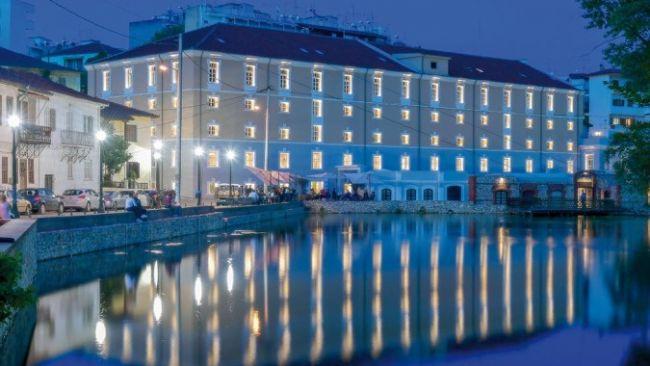 HOTEL-HYDRAMA