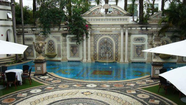 Casa-Casuarina-Gianni-Versace's-Mansion-5