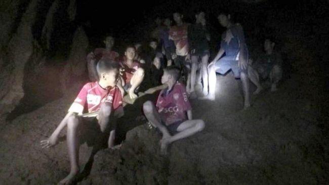 thai-boys-cave