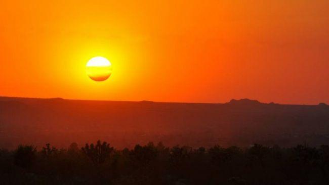 Neapolitan_Sunset