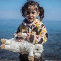 πρόσφυγες-